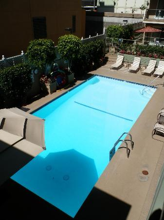 Hollywood Orchid Suites: Piscine