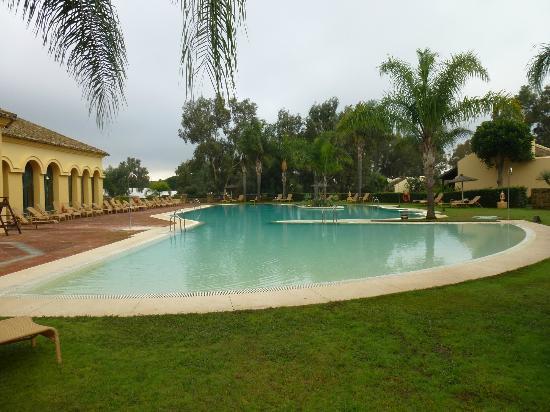 Hotel Almenara Resort: Piscina exterior