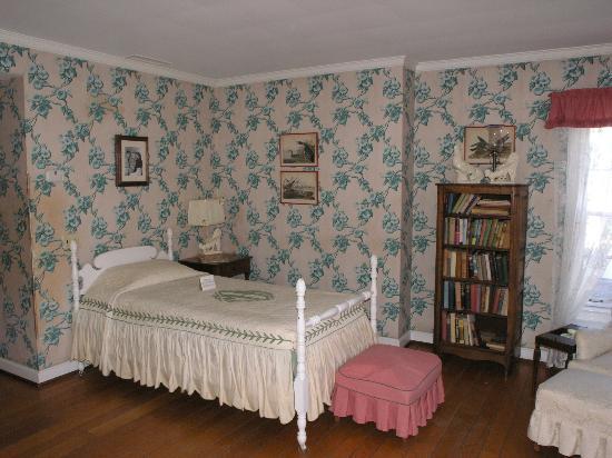 Malabar Farm State Park: Bogart and Bacall's bedroom (NOV 9 2012)