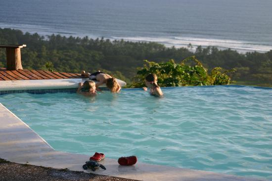 Playa San Miguel, Costa Rica: Hanging out by the pool