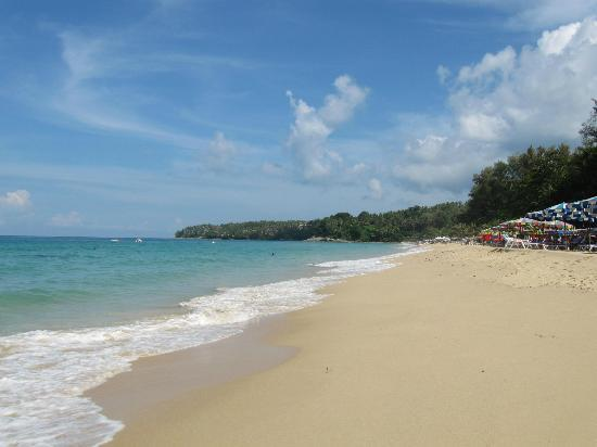 Twinpalms Phuket: South end of Surin Beach