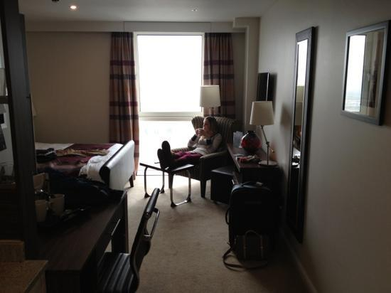 Staybridge Suites London-Stratford City: our room