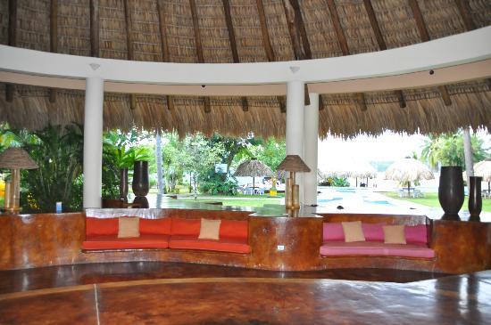 Hotel Marina & Yacht Club Nana Juana: lobby