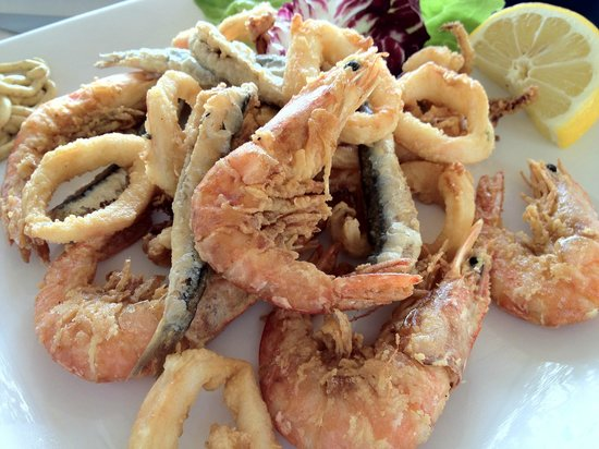 La Rondinella: ランチ:魚介のフリット