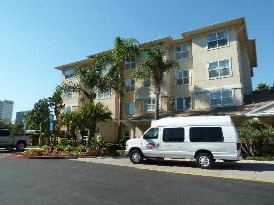 exterior of the residence inn el segundo picture of. Black Bedroom Furniture Sets. Home Design Ideas