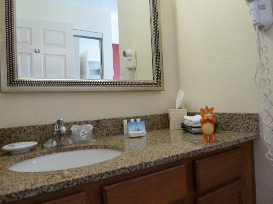 Residence Inn Los Angeles LAX/El Segundo: Bathroom