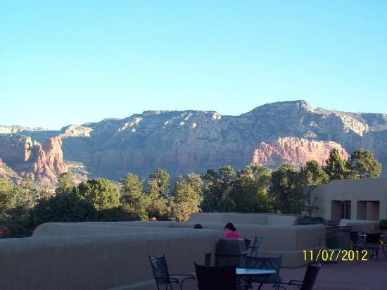 Best Western Plus Inn of Sedona: View from the terraces on the hotel office side