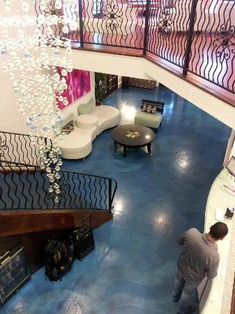 Hotel Zico: Lobby from upstairs