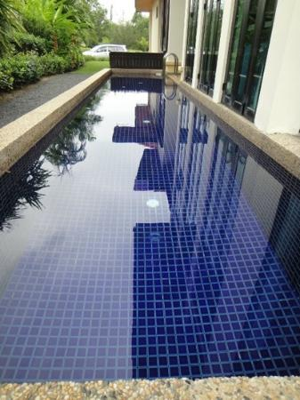 Nexus Resort & Spa Karambunai: Our Own Personal Pool