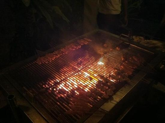 Nexus Resort & Spa Karambunai: BBQ