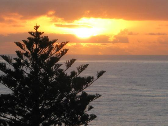Coolum Caprice Luxury Holiday Apartments: Just one of the glorious sunrises