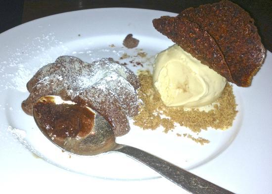The Mark Restaurant by Jean Georges : Warm Choc Cake