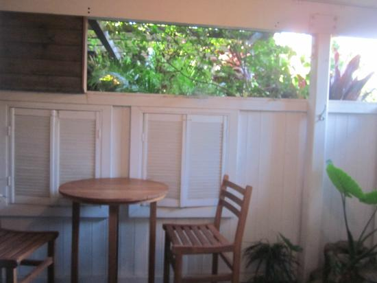 Paia Inn: Our private lanai
