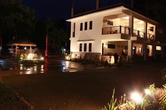 CMC Villa Caramoan: Main Building