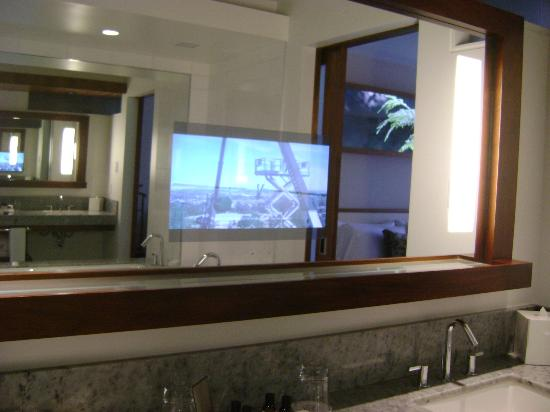 Fairmont Pacific Rim: Tv in bathroom mirror