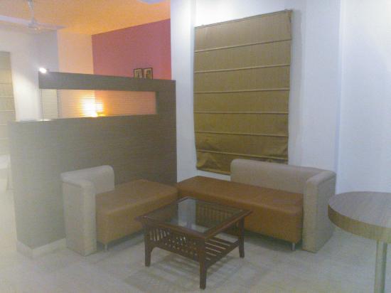 Hotel Aarian Aatithya: Sitting area