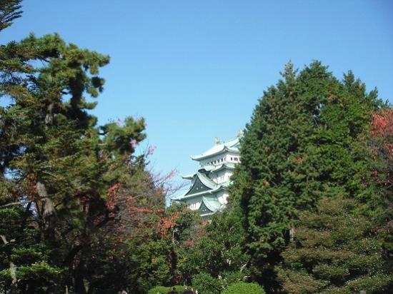 Nagoya, Jepang: 入口から見える名古屋城
