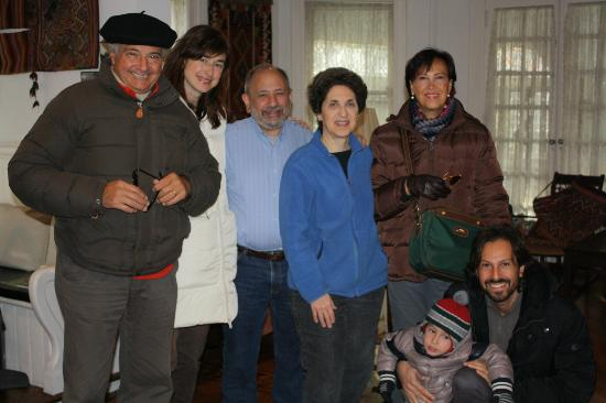 The Blue Porch Bed and Breakfast: Tutta la famiglia con Trudy e Paul