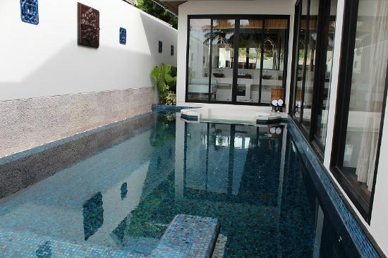 Anantara Bophut Koh Samui Resort: One Bed Room Pool Villa- view from entrance