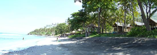 Jeeva Klui Resort: Beach along resort