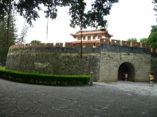 South Gate: 大南門外観。
