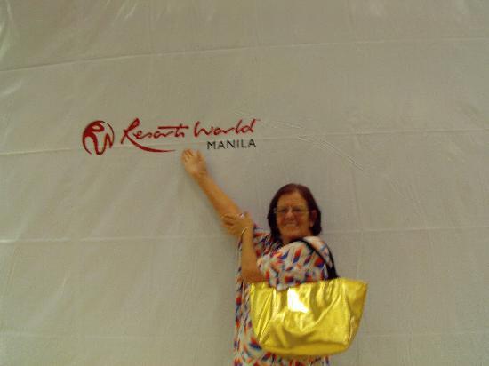 Resorts World Manila: I really was here!!!