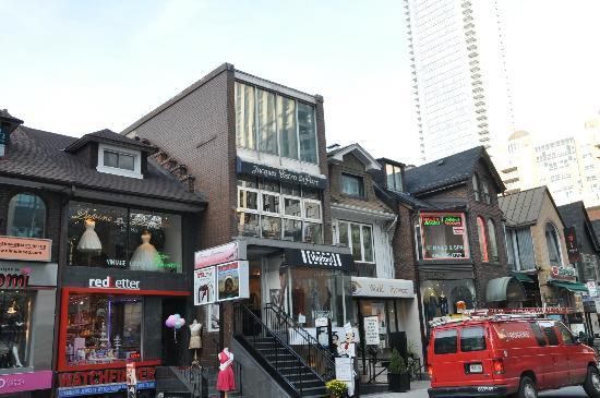 Yorkville shops
