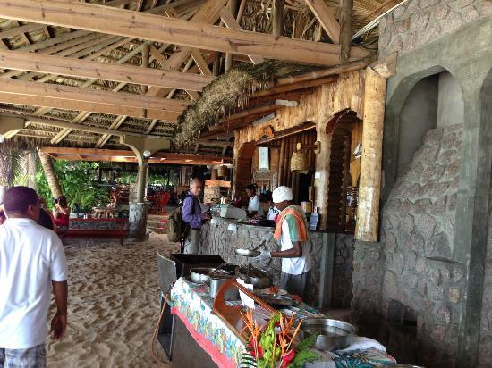 Chez Batista Villas Rustic Restaurant: bar