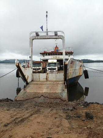 Equatorial Guinea: Ferry a Corisco
