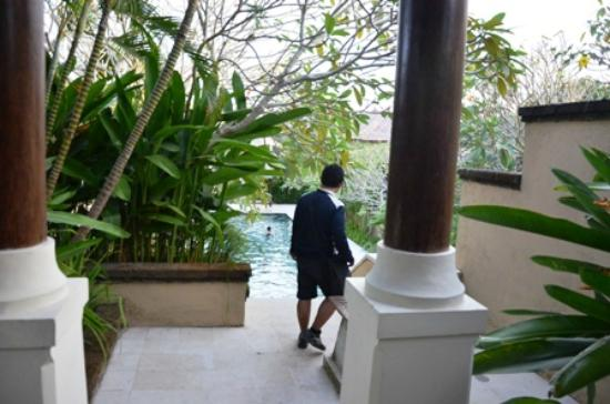 Pat-Mase, Villas at Jimbaran: Master Pool, view from dining room