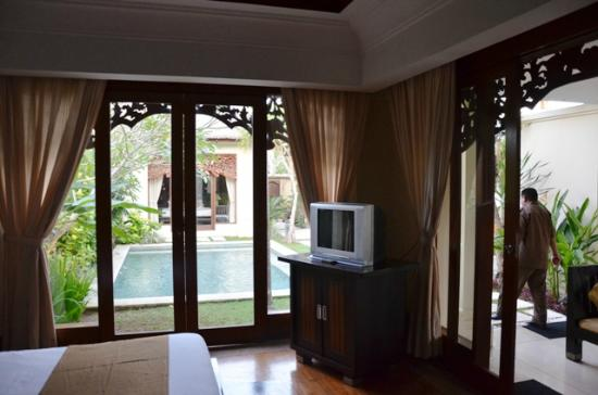 Pat-Mase, Villas at Jimbaran: Room inside