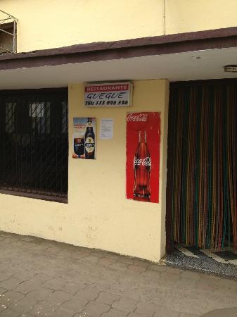 Equatorial Guinea: Restaurante Gue Gue, Malabo