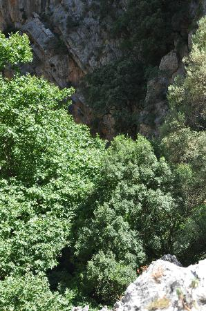 the cave church - Picture of St. Anthony Gorge, Rethymnon ...