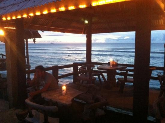 Lanta New Beach Bungalows: ristorante