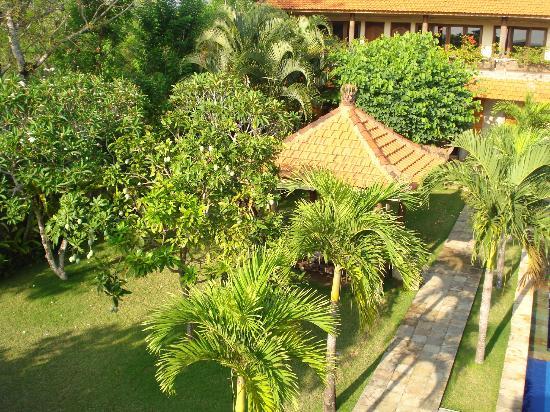 Puri Santai Bali: garden from upstair
