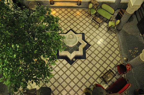 Riad el Amine Fes: Le patio depuis la chambre des enfants