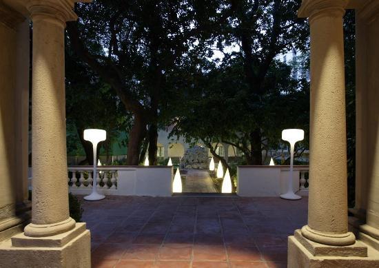 Hotel Petit Palace Boqueria Garden: Jardín