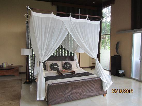 Villa Kalisha: Bedroom downstairs
