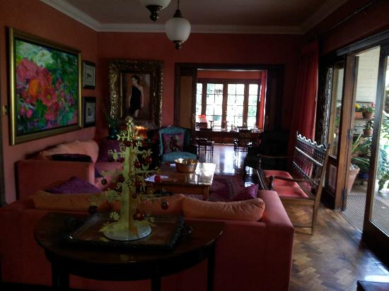 Northcliff Manor Guest House: Living