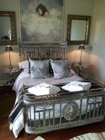 Northcliff Manor Guest House: Hermosa habitacion