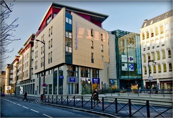 Kyriad prestige thionville centre hotel voir les tarifs for Piscine thionville