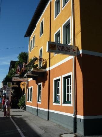 Hotel Restaurant Itzlinger Hof: fermata bus