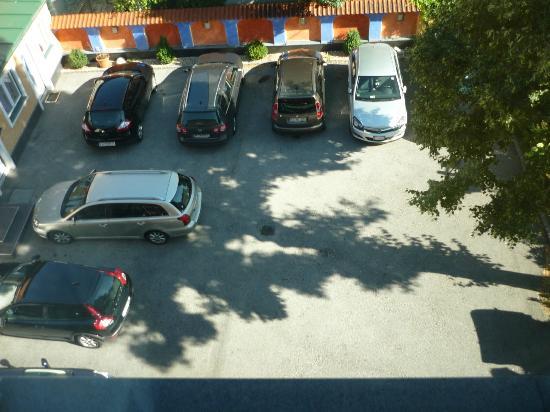 Hotel Restaurant Itzlinger Hof: parcheggio