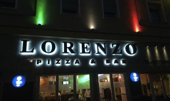 Lorenzo Pizza & Pasta: front
