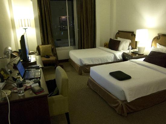 The Imperial Hotel and Convention Centre Korat: bedroom
