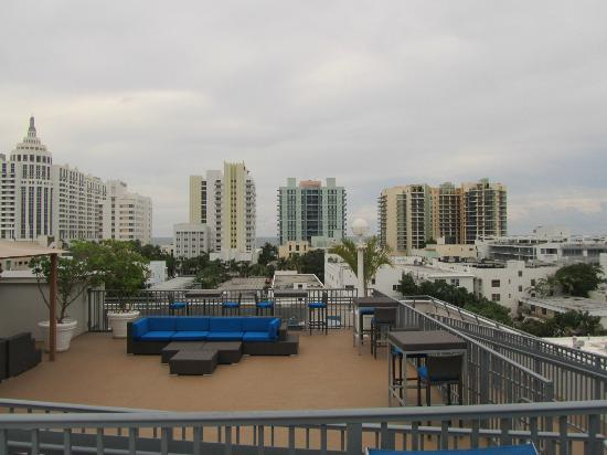Courtyard Miami Beach South Beach: Blick von Dachpool