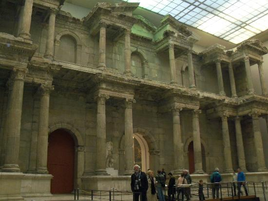 Porta del mercato di mileto picture of pergamon museum - Porta di mileto ...
