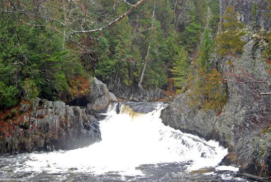 Gulf Hagas: Buttermilk Falls