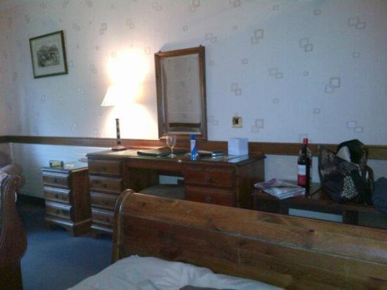 St. Mary's Hotel: Room 8