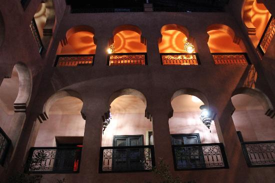Kasbah Omar: from the courtyard, up